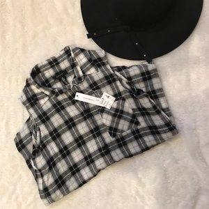 NWT flannel sleeveless top